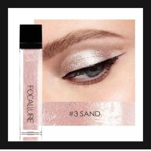 FOCALLURE Liquid Shimmer eyeshadow SAND.  NEW